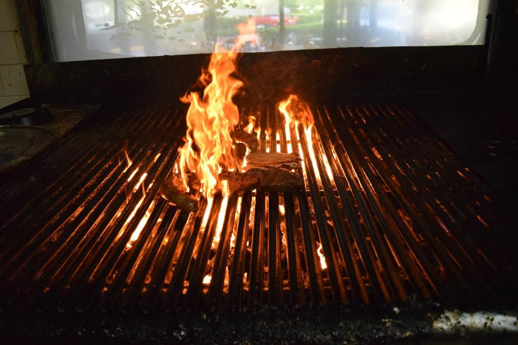 Grill Argentino - Kendall